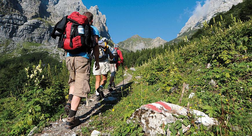 Trekking in montanga